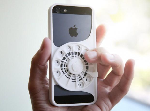 Máy in 3d biến Iphone thành điện thoại quay số.